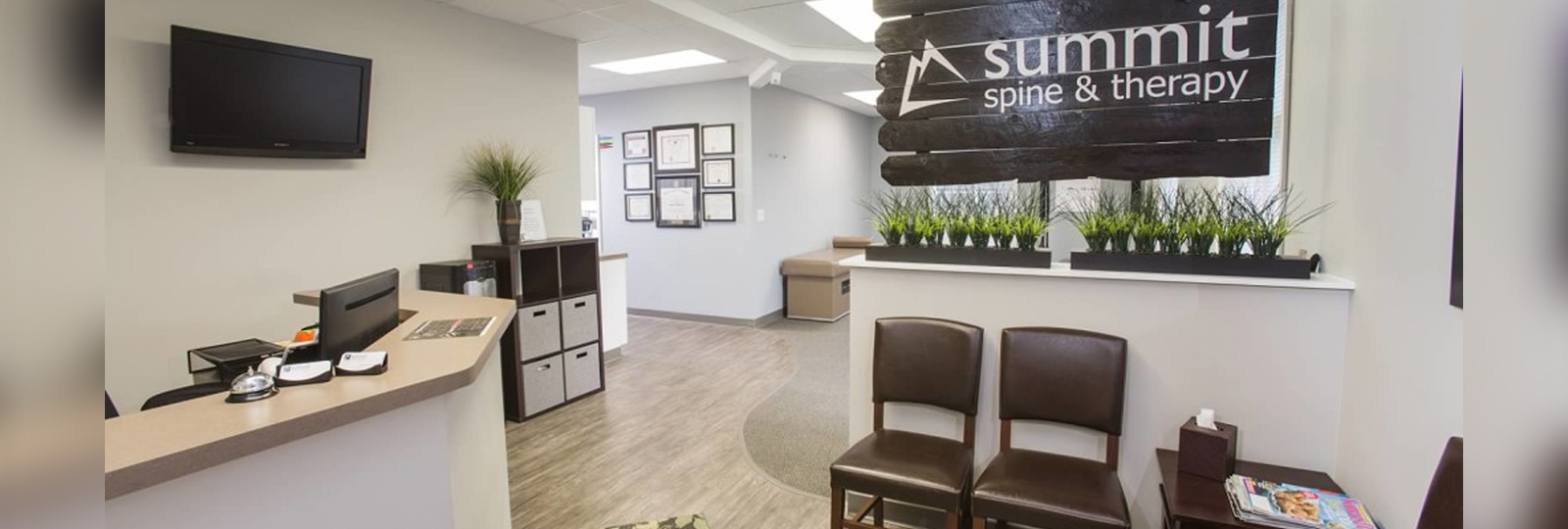 Summit Spine and Therapy Reception Area